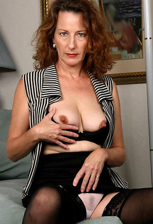 Amateur pics of mature erotic ladies