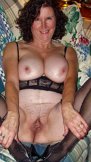 Naughty mature cougars nude
