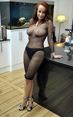 Mature moms naked pics