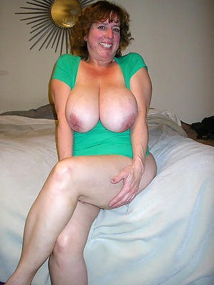 Xxx mature natural women