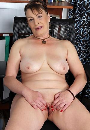 Sexy mature white women naked photos