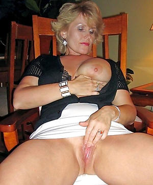 Mature Wives Pictures