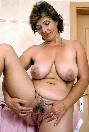 Pretty mature wife pictures
