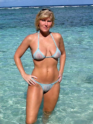 Handsome mature babes in bikinis