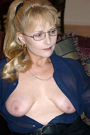 Xxx naked blonde women
