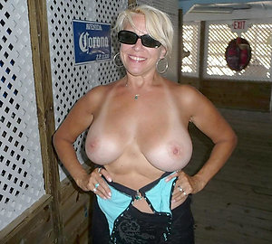 Cute sexy mature blonde pictures