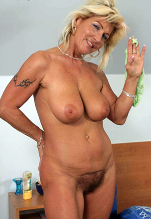 Sweet mature blonde pictures