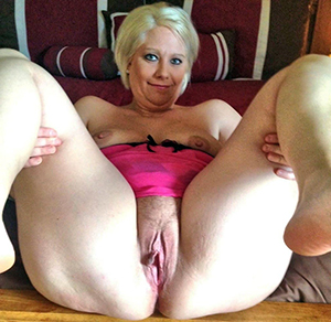 Xxx free old blonde pussy pics