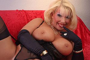 Favorite hot blonde mom sex
