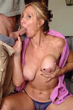Homemade older sexy mom blowjob
