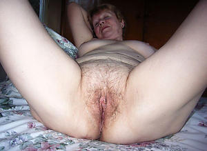 Xxx mature white women nude photos