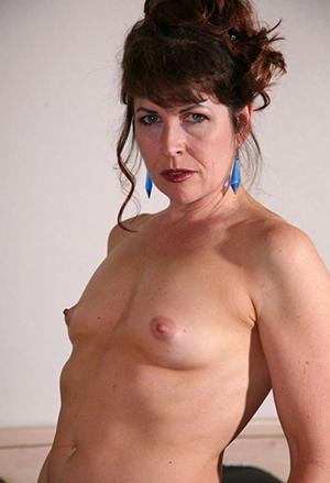 Classic mature women nude photos
