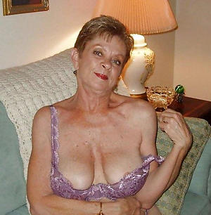 Nude mature older woman pictures