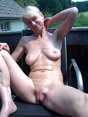 Amateur pics of experienced mature ladies