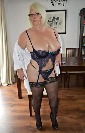 Nude mature older women