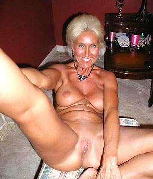 Hot mature older women amateur pics