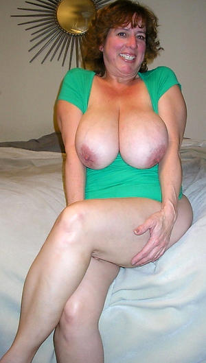 Free mature housewives nude