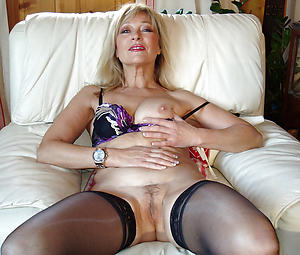 Nude mature cunt porn pics