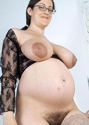 Lay nude mature pregnant pics