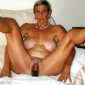 Of age nude hairy milf pix