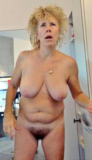 Inexperienced nude hairy milf