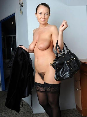 Slutty mature women xxx nude photo