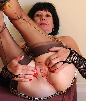 Sexy mature close at hand pussy porn pics