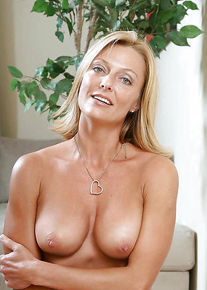 Xxx beautiful mature naked
