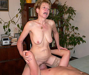 Xxx mature wear and tear pussy nude pics