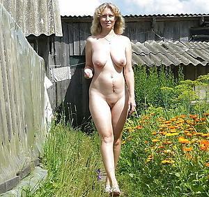 Amateur of age virtuous women nude pics