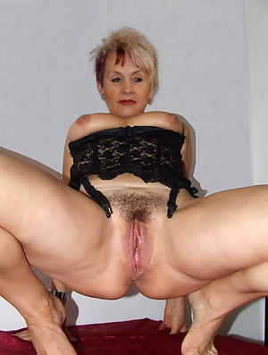 Hornysexy full-grown milf pictures