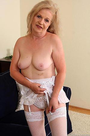 Senior mature granny amateur pics