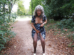 Horny mature senior woman pics