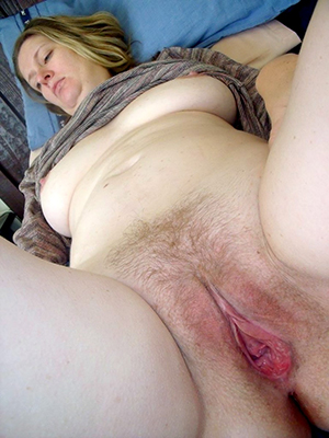 Xxx mature woman pussy bare-ass pics