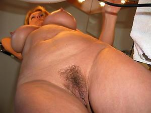 Horny mature pussy photos