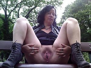 Amazing mature pussy photos