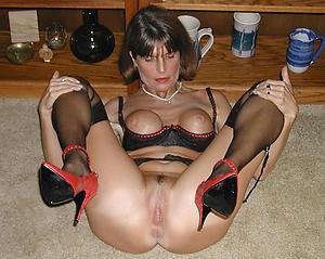 Bohemian housewife porn photo