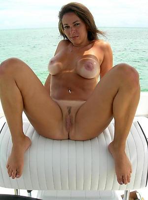 Sweet grown-up streetwalker wife nude pics