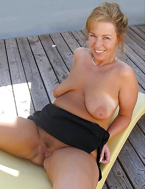 Sexy saggy mature confidential pics