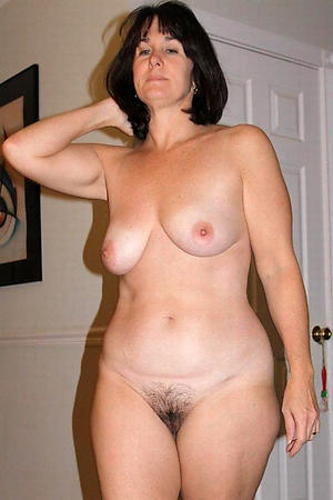 Unconditioned mature milf homemade porn pics