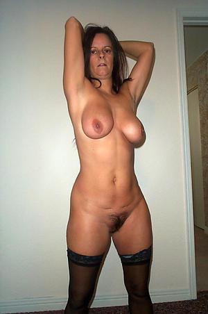 Inexperienced mature milf homemade naked photo