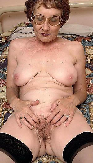 Sweet nude mature hairy galleries