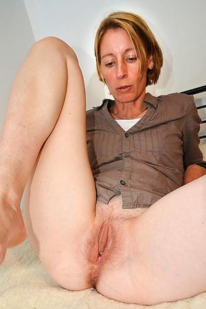 Xxx mature women cunts pics