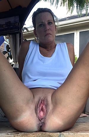 Slutty mature women cunts nude photo