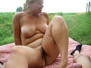 Naughty alfresco grown-up sex pics