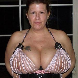 Naughty mature big saggy tits
