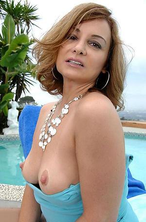 Sexy mature erotic main nude photos