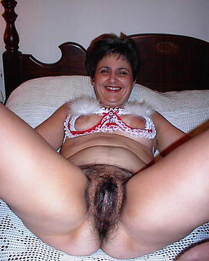 Inexperienced unshaved mature pussy nude pics