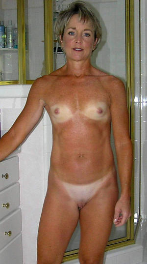 Mature unclad small gut pics