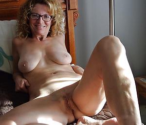 Inexperienced matures 40 naked photos
